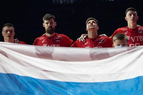 Los rusos perdieron sensacionalmente ante Turquía al comienzo de la Eurocopa: Kluka estaba bien en diagonal, pero el primer paso falló