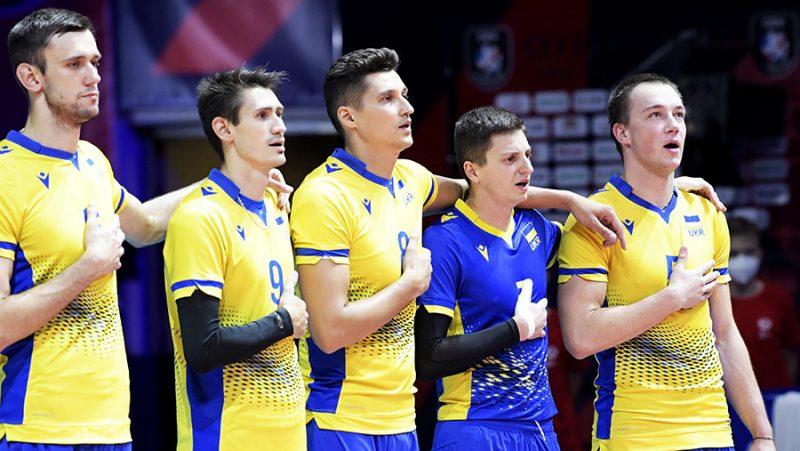 Los ucranianos tras el partido con Rusia cantaron el himno en la cena. Pero el juego se llevó a cabo bajo el signo del respeto mutuo.