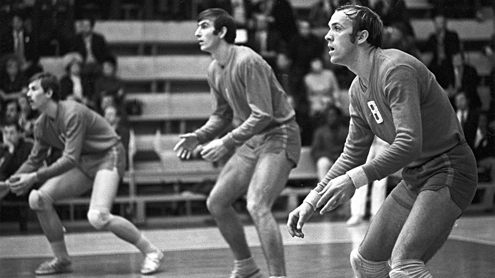 Его сравнивали с Пеле, но считали, что он «опоздал родиться». Легенда советского волейбола Владимир Кондра